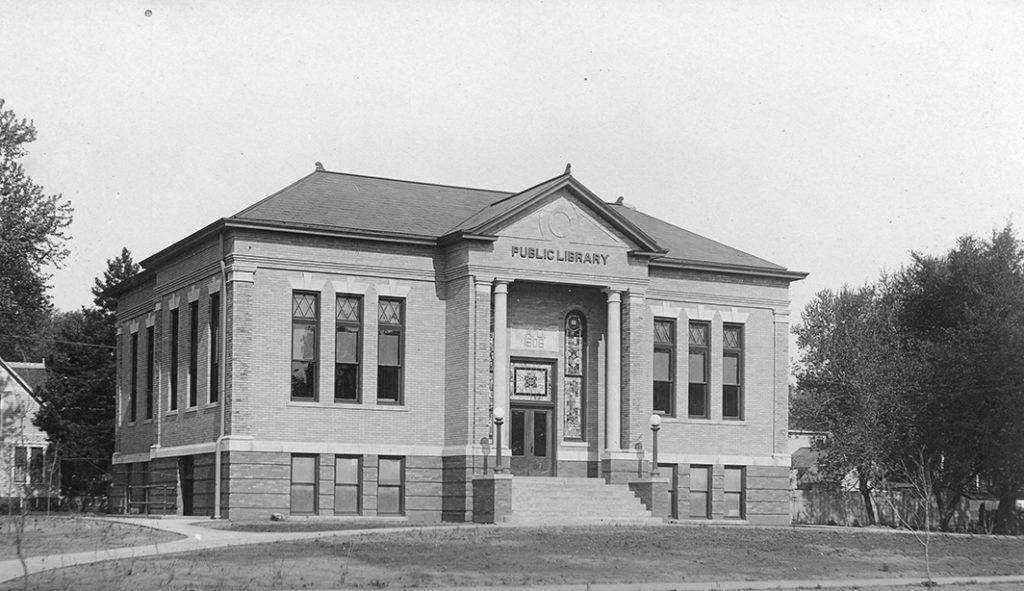 Clarinda Carnegie Art Museum historic